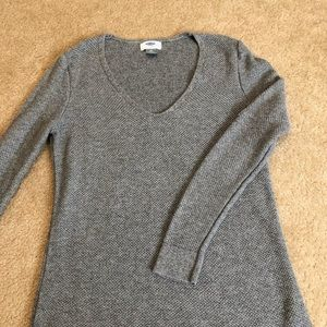 Old Navy Grey Knit Sweater
